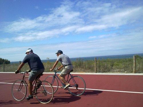 na ciclovia entre a Praia da Aguda e da Granja