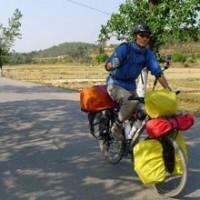 e nem mesmo um ladrão de bicicletas português esgotou a paciência do chinês!