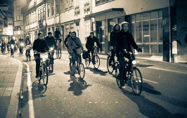 foto Sónia Arrepia, Massa Crítica Porto, Dezembro de 2011