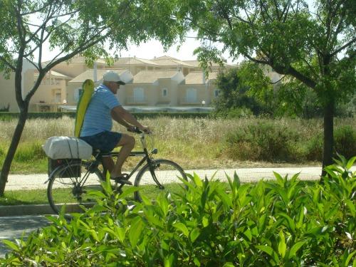 pedalando para a praia