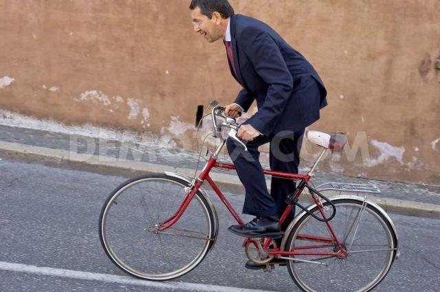 e não dizemos que todos os caminhos vão dar a Roma!...