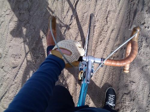 ciclovia!!! ciclocross, no mínimo!