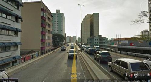 Figura 2 - Minhocão em São Paulo. Fonte: GoogleEarth