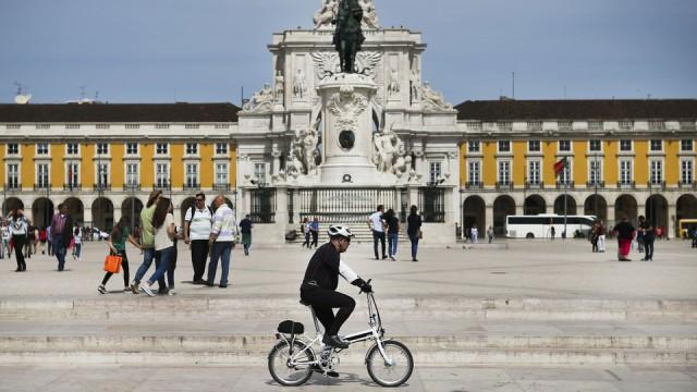 de bicicleta em Lisboa