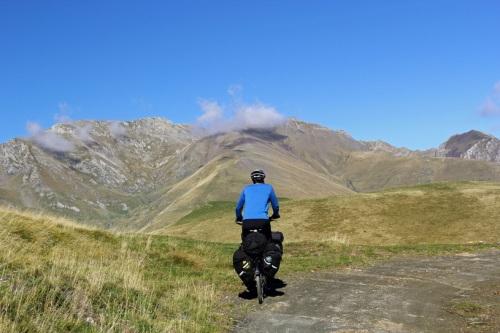foto: http://www.webventure.com.br/h/noticias/transpirenaica-a-travessia-dos-pirineus-de-bicicleta/33818